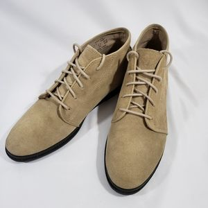 KEDS SUEDE ANKLE BOOTIE LACE UP TAN SIZE 9